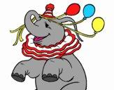 Éléphant avec 3 ballons